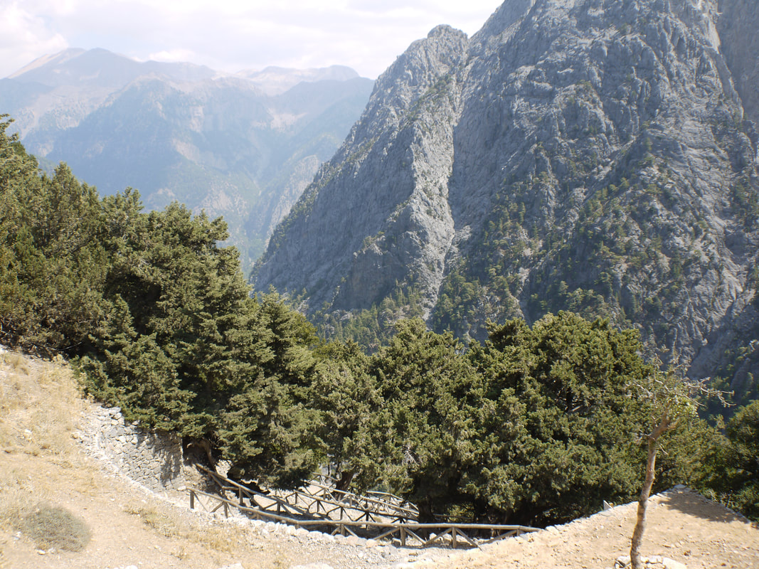 Entrance of the Samaria Gorge to start the walk
